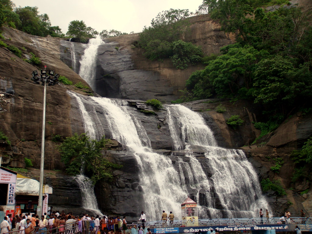 people-throng-to-the-new-courtallam-falls-tamil-nadu-india