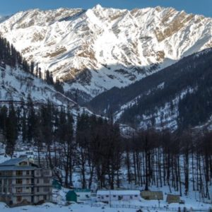 Mountains,_Manali,_Himachal_Pradesh